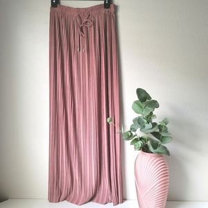 Pleated maxi accordion skirt